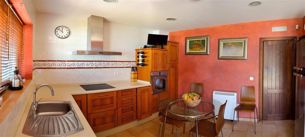 House in Alhaurín el Grande R3082183 6