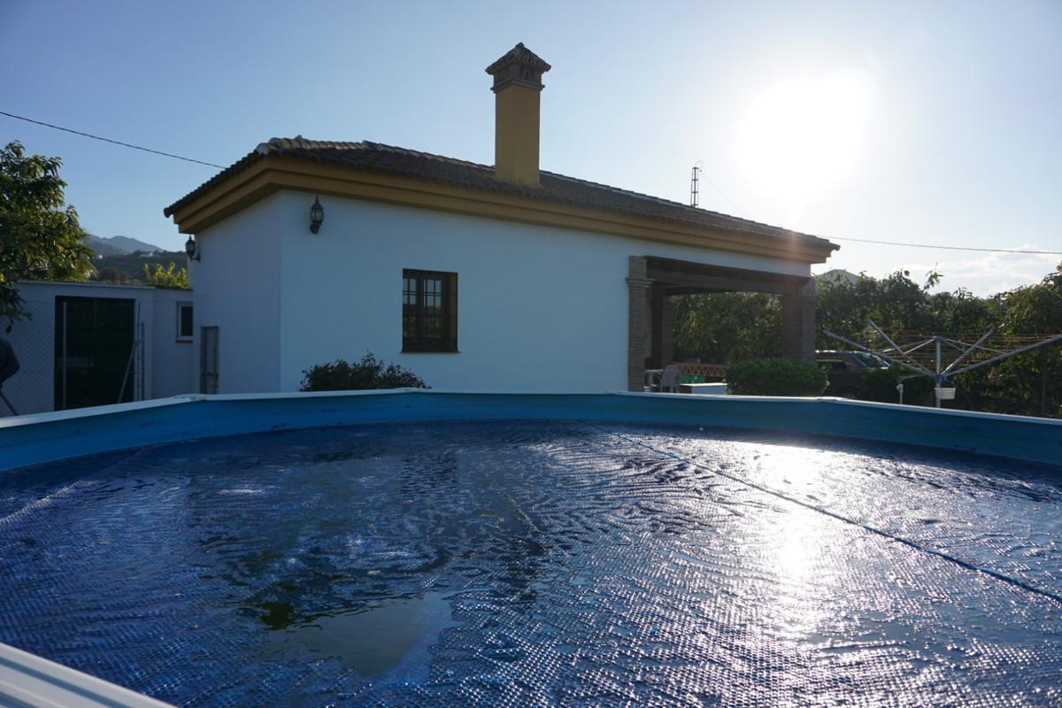2 bedroom villa for sale coin