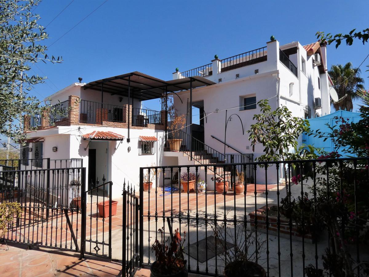 Stunning Villa for sale in Alhaurin El Grande,Spain