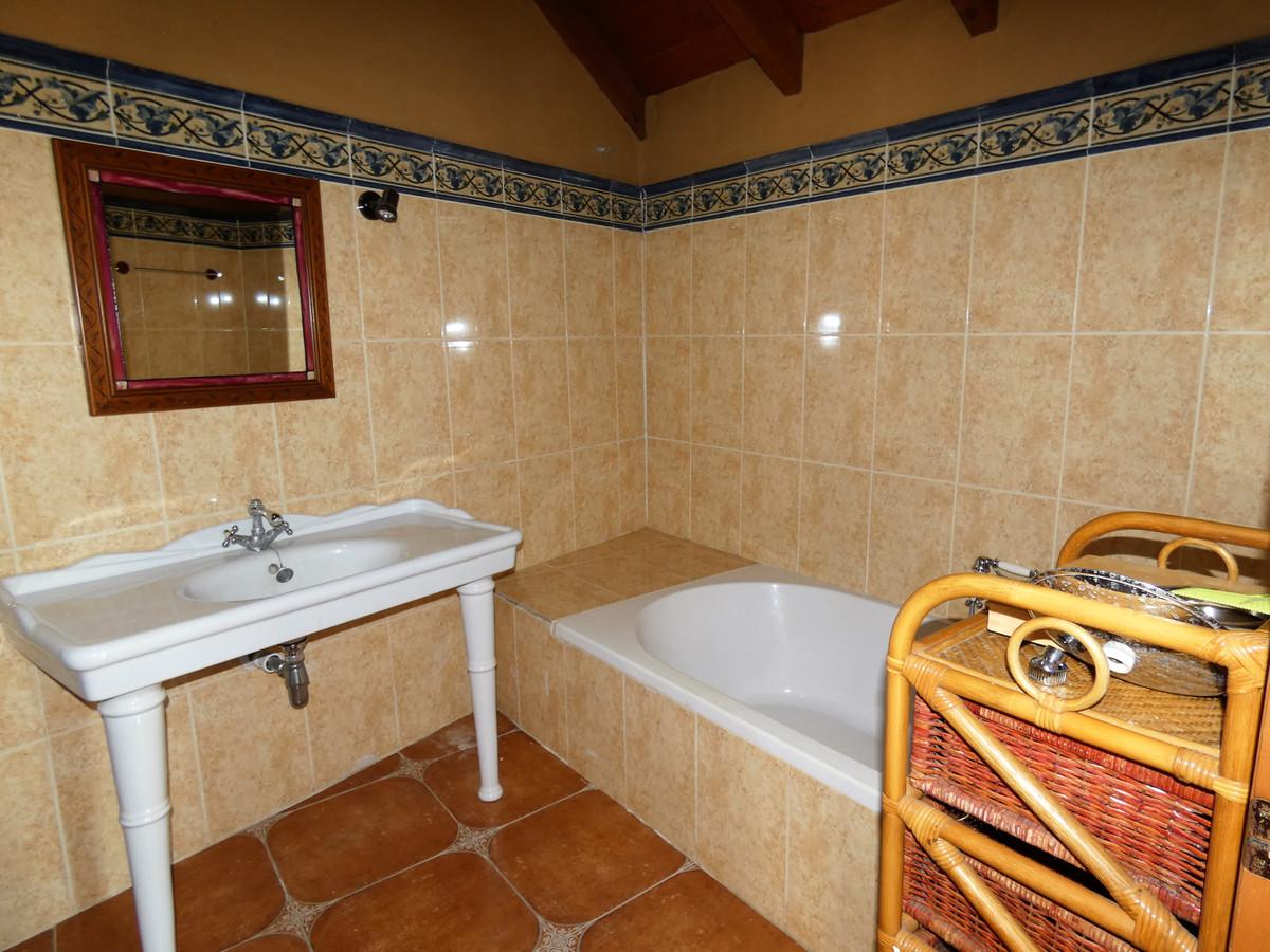 House in Alhaurín el Grande R3681680 22