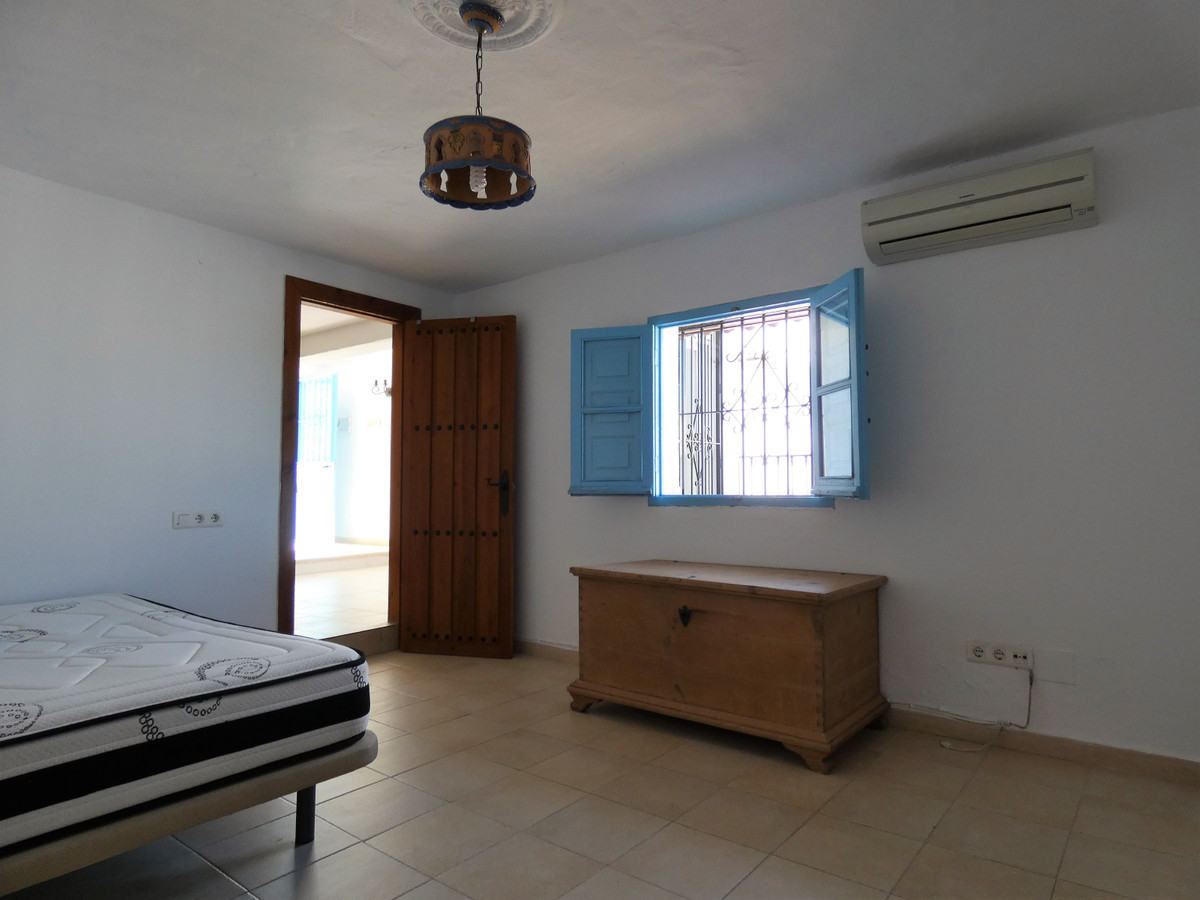 House in Alhaurín el Grande R3681680 32