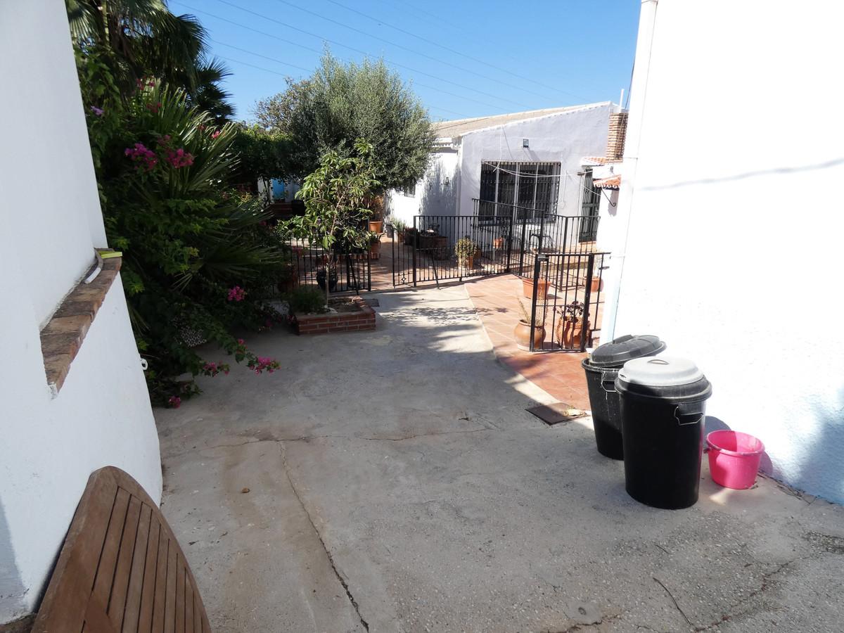 House en Alhaurín el Grande R3681680 36