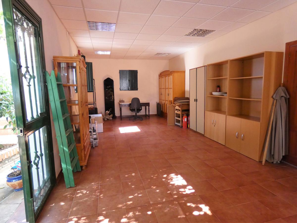 House in Alhaurín el Grande R3681680 37
