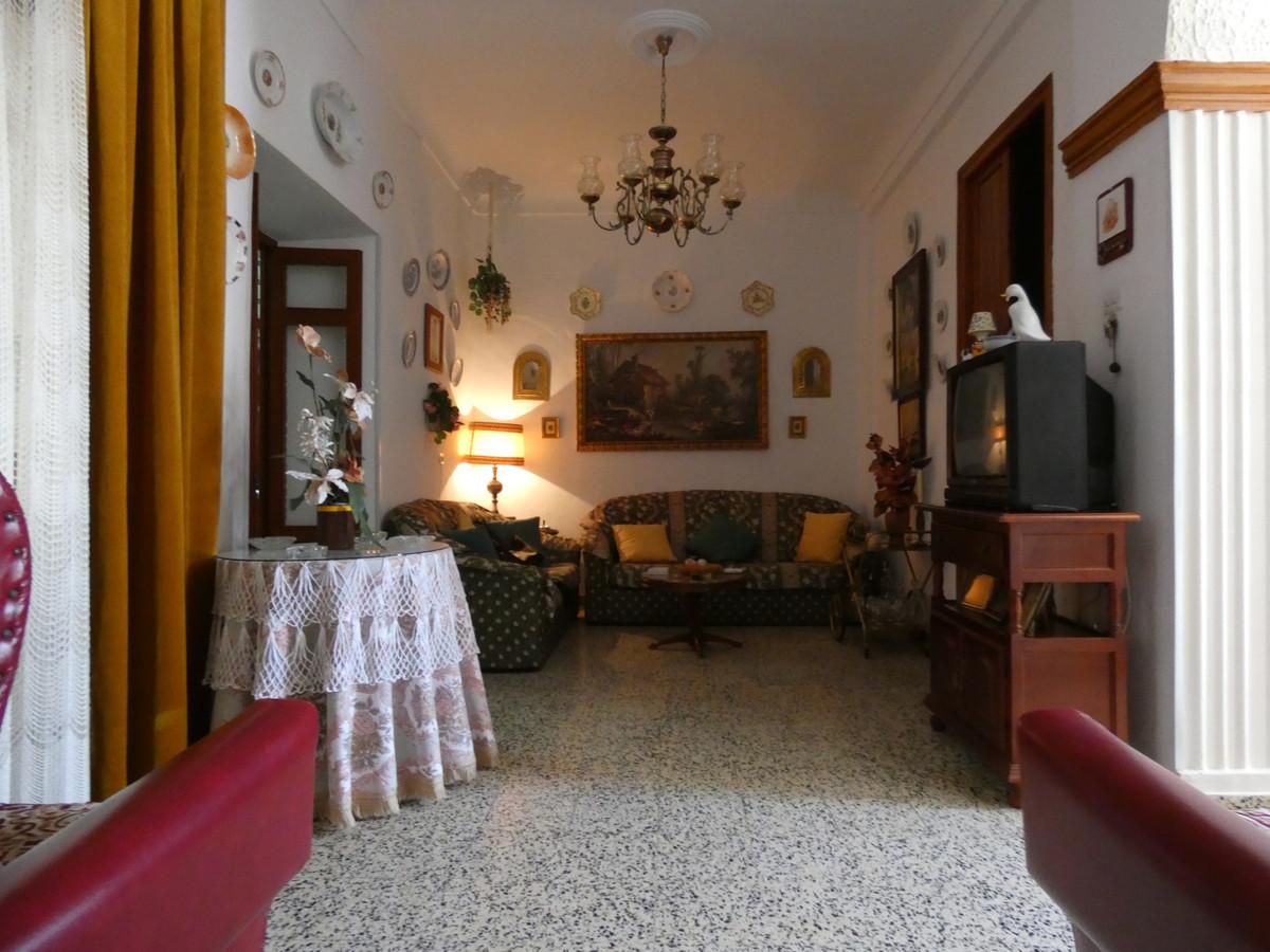 Apartment Ground Floor in Alora, Costa del Sol