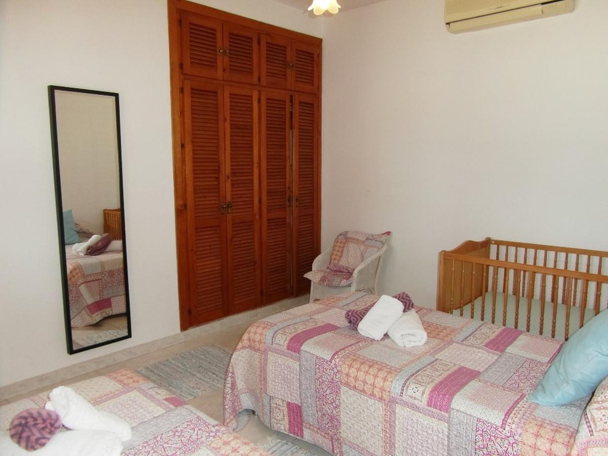 House in Almogía R3364516 11