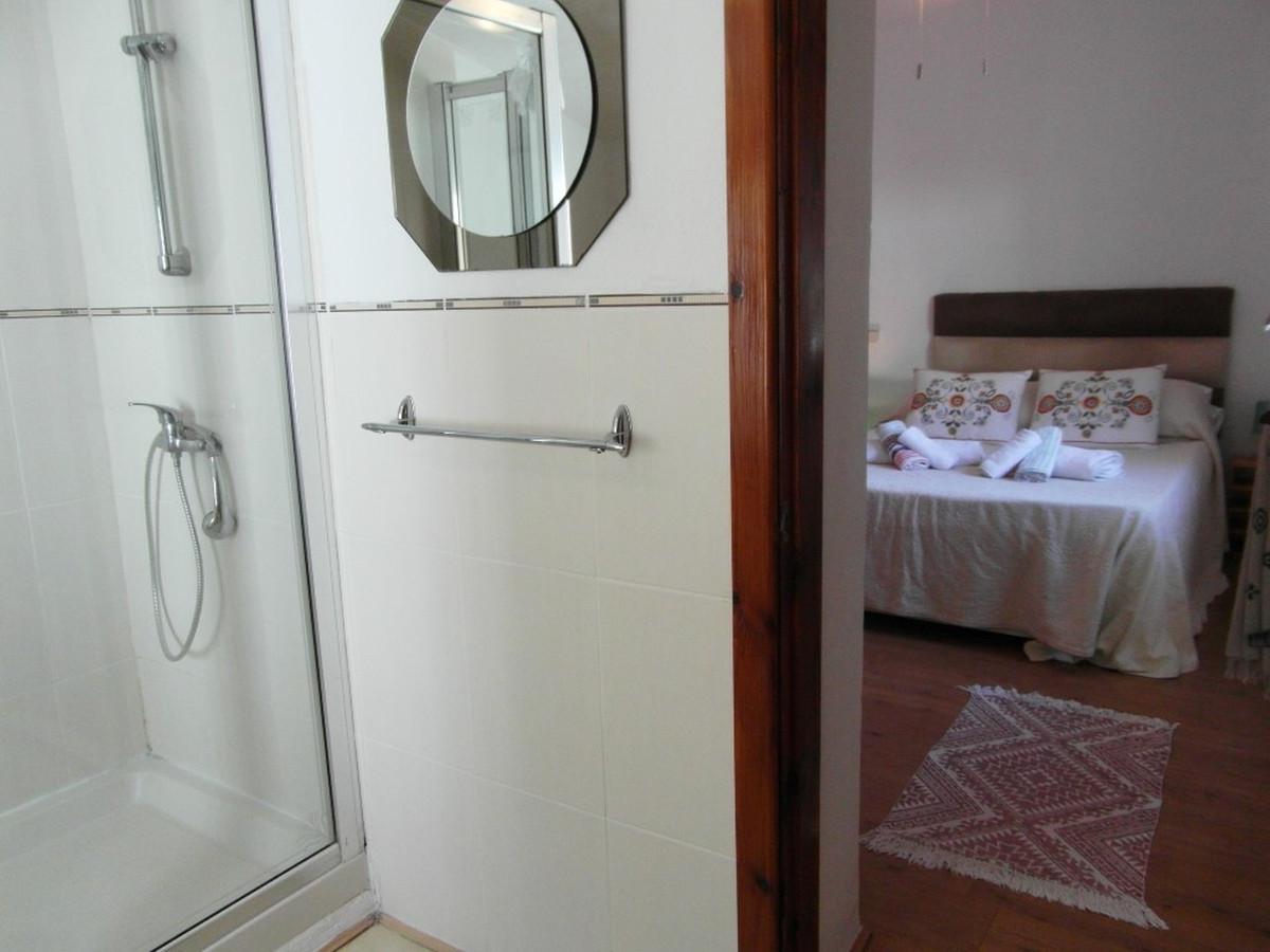 House in Almogía R3364516 13