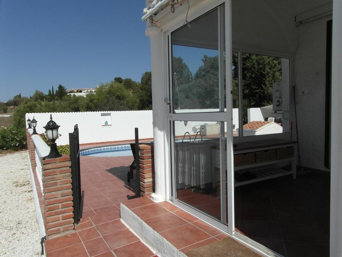 House in Almogía R3364516 16