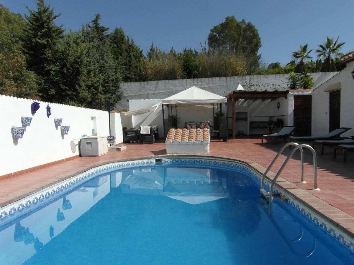 House in Almogía R3364516 26