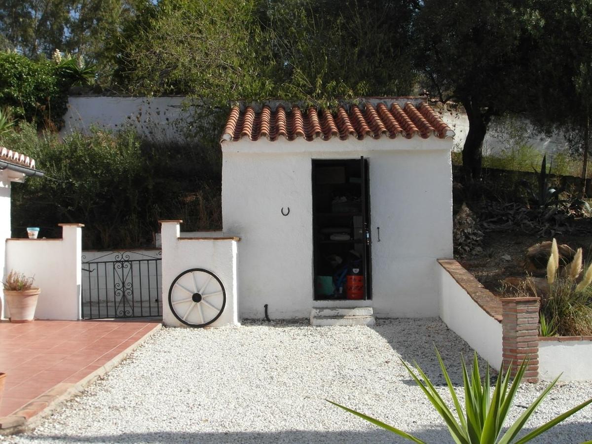 House in Almogía R3364516 30