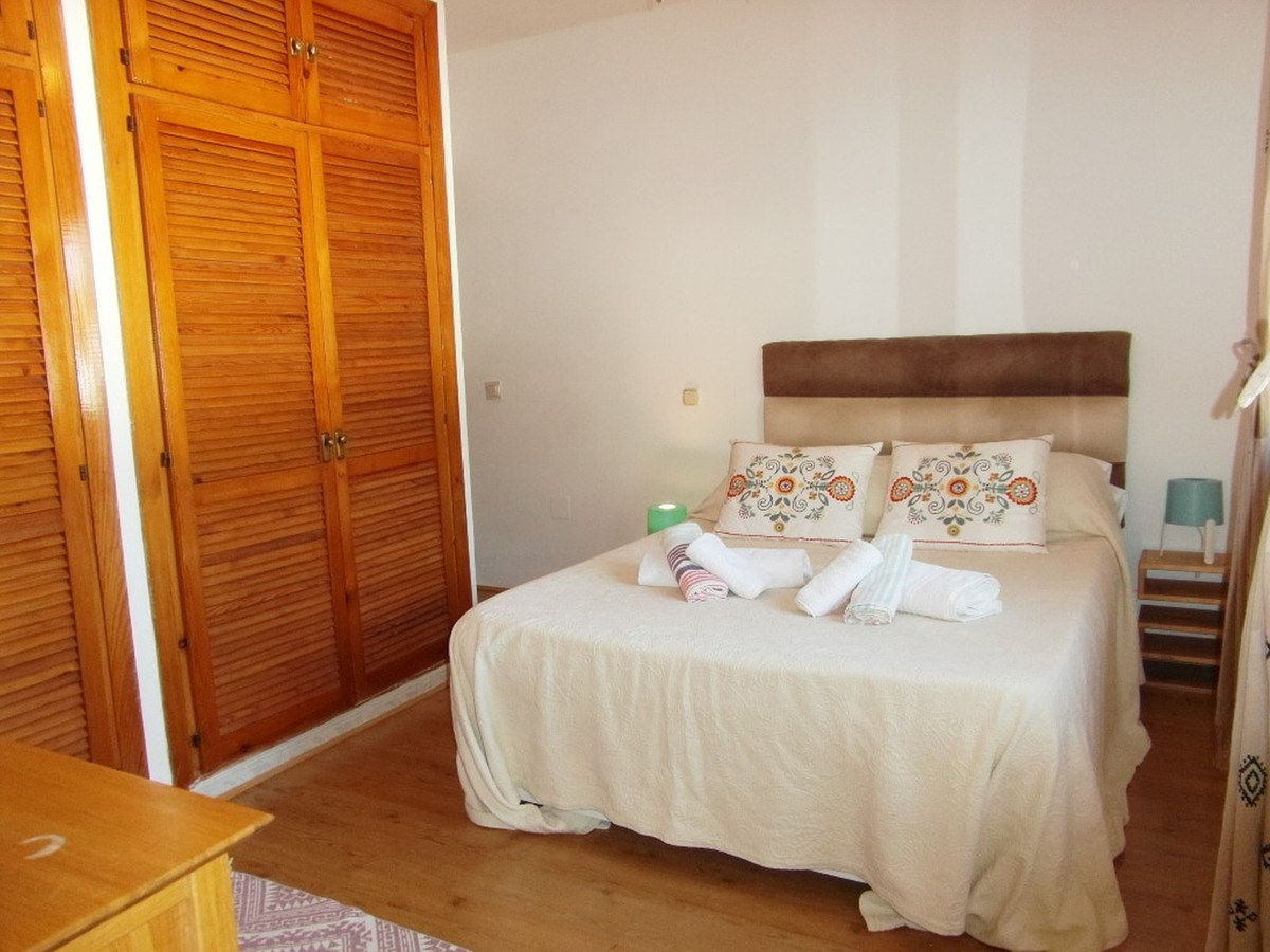 House in Almogía R3364516 9
