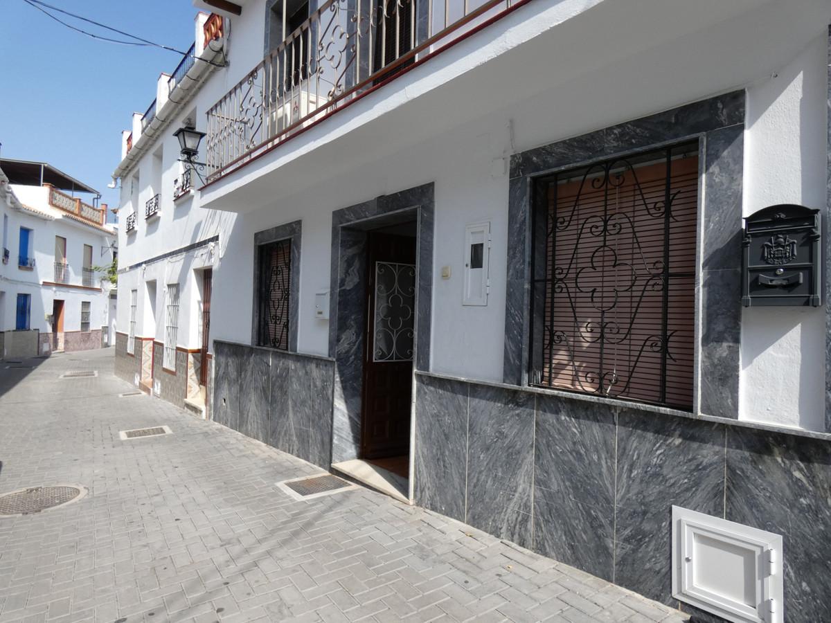 Ground Floor Apartment for sale in Alhaurín el Grande
