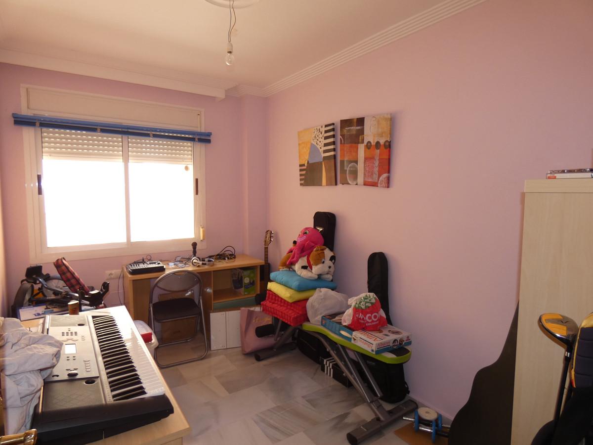Apartment in Alhaurín de la Torre R3433054 11