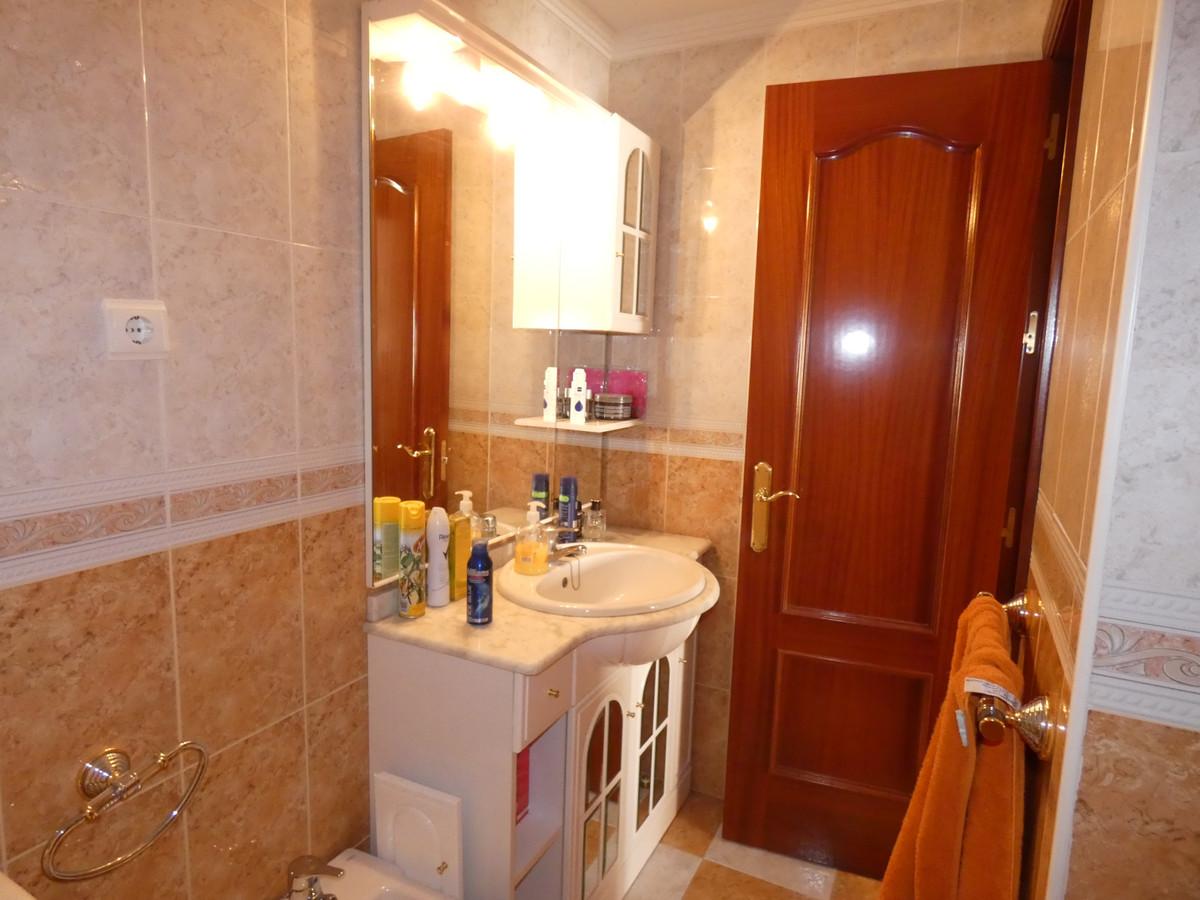 Apartment in Alhaurín de la Torre R3433054 13
