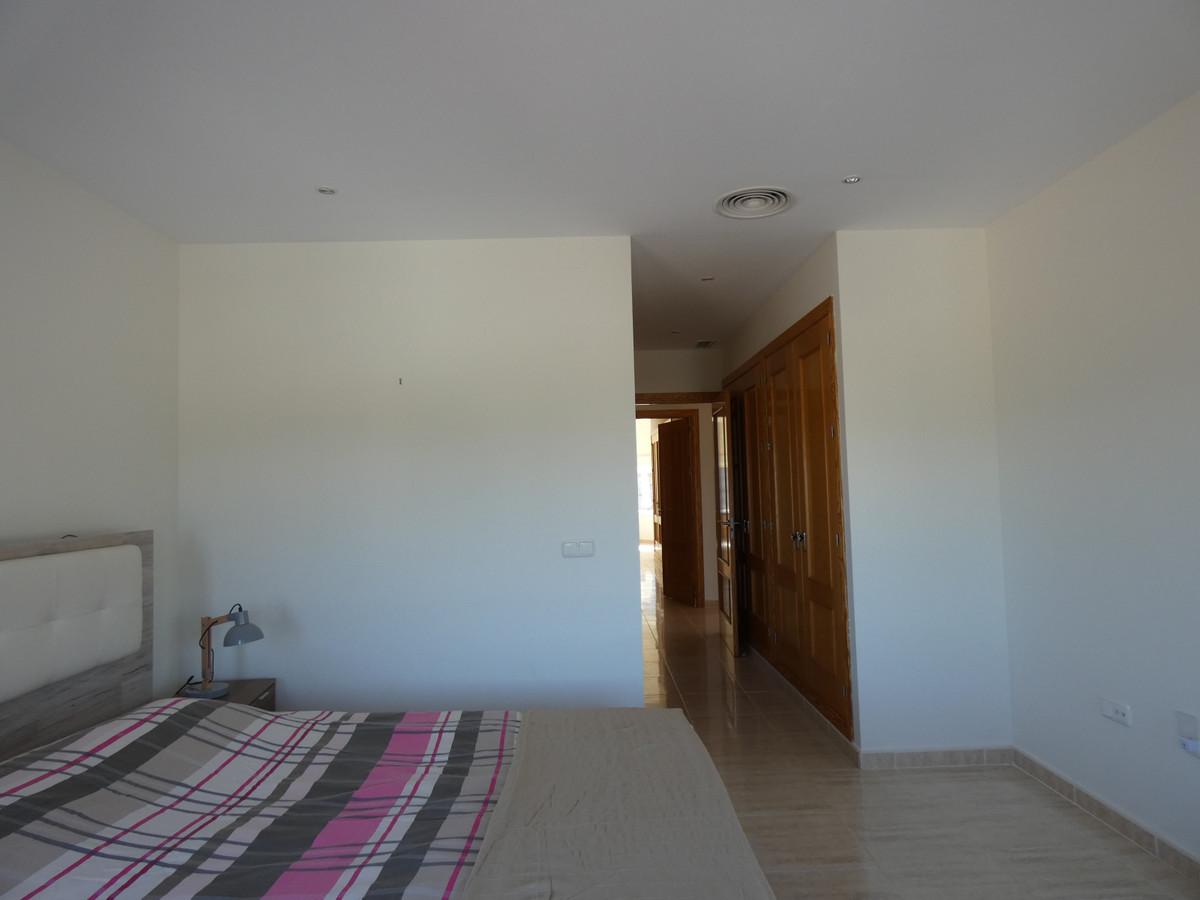 Hus in Alhaurín de la Torre R3628883 13
