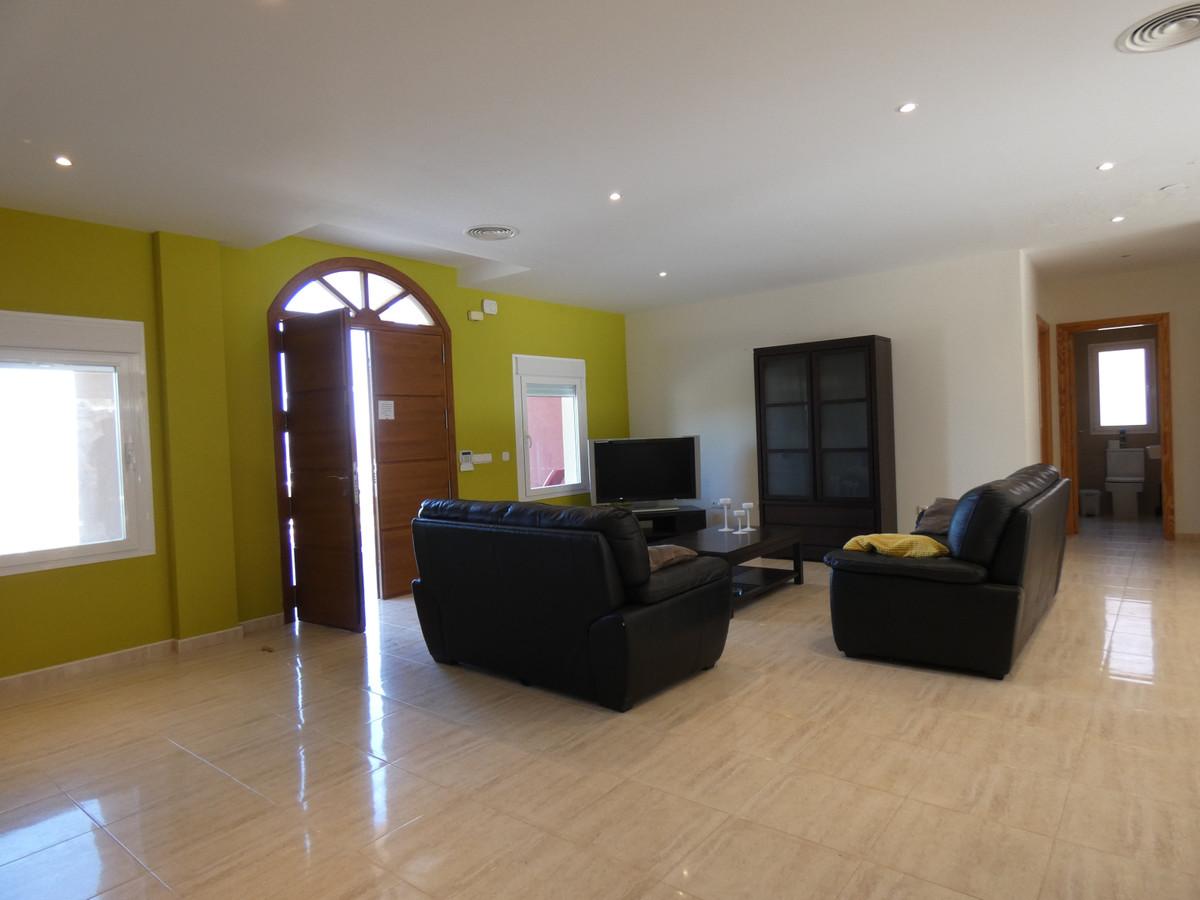 Hus in Alhaurín de la Torre R3628883 3