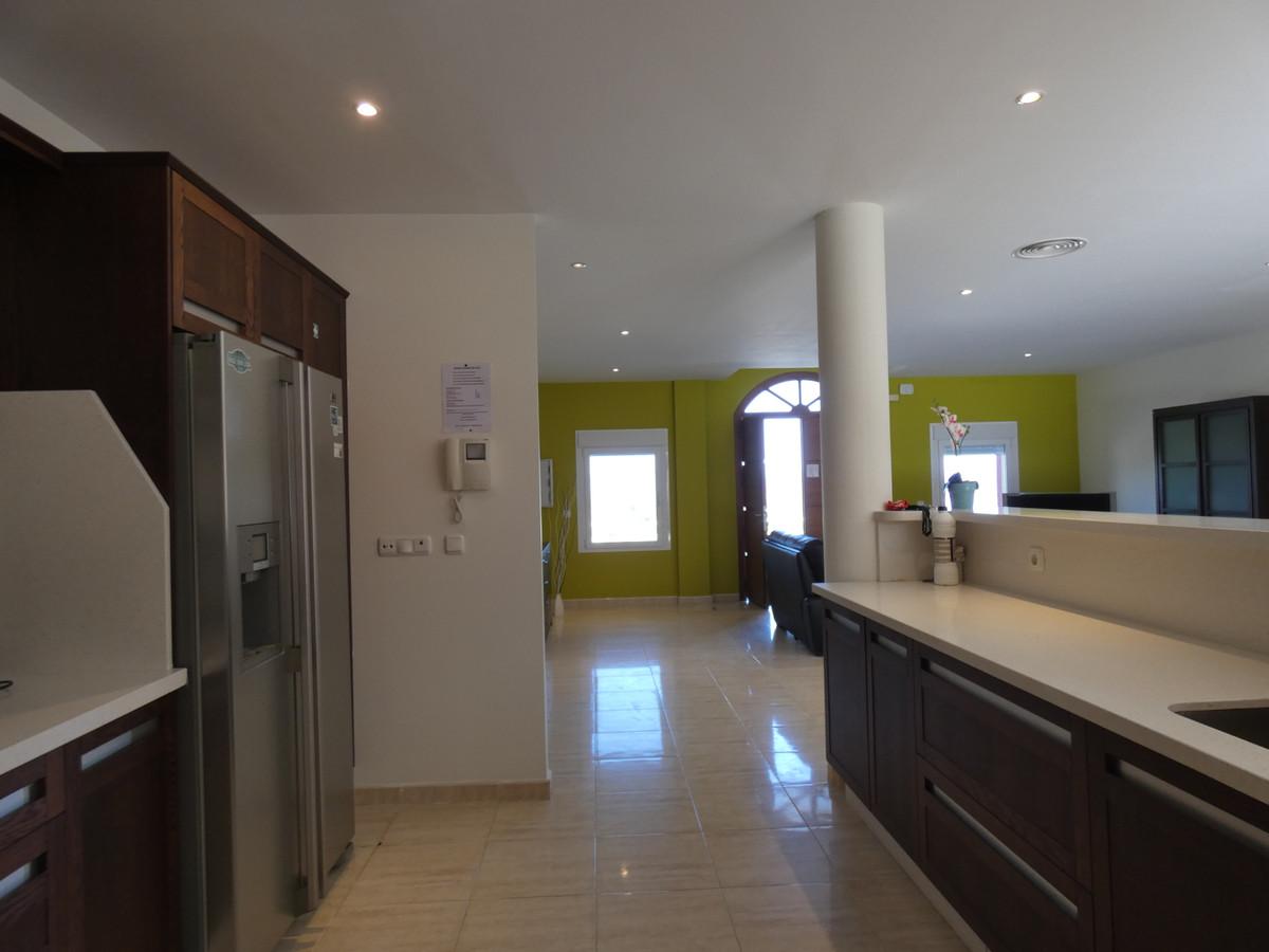 Hus in Alhaurín de la Torre R3628883 5