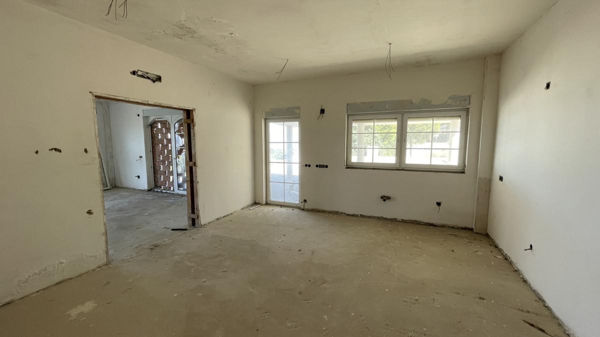 House in Alhaurín el Grande R3787210 4