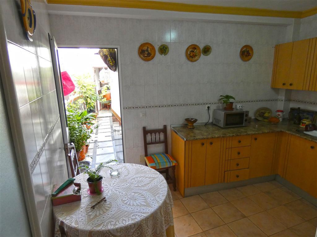 Unifamiliar con 4 Dormitorios en Venta Coín
