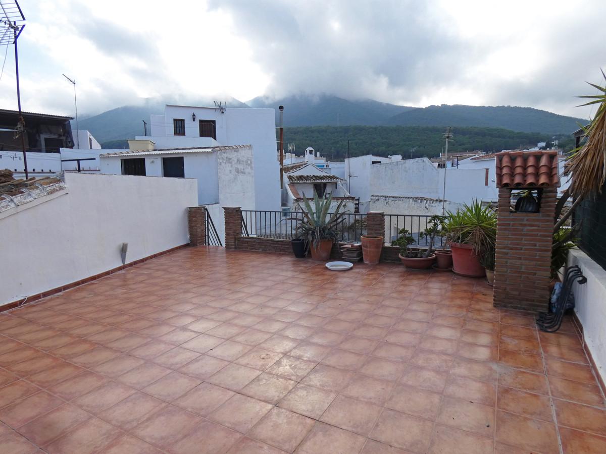 Townhouse for sale in Alhaurín el Grande R3760903
