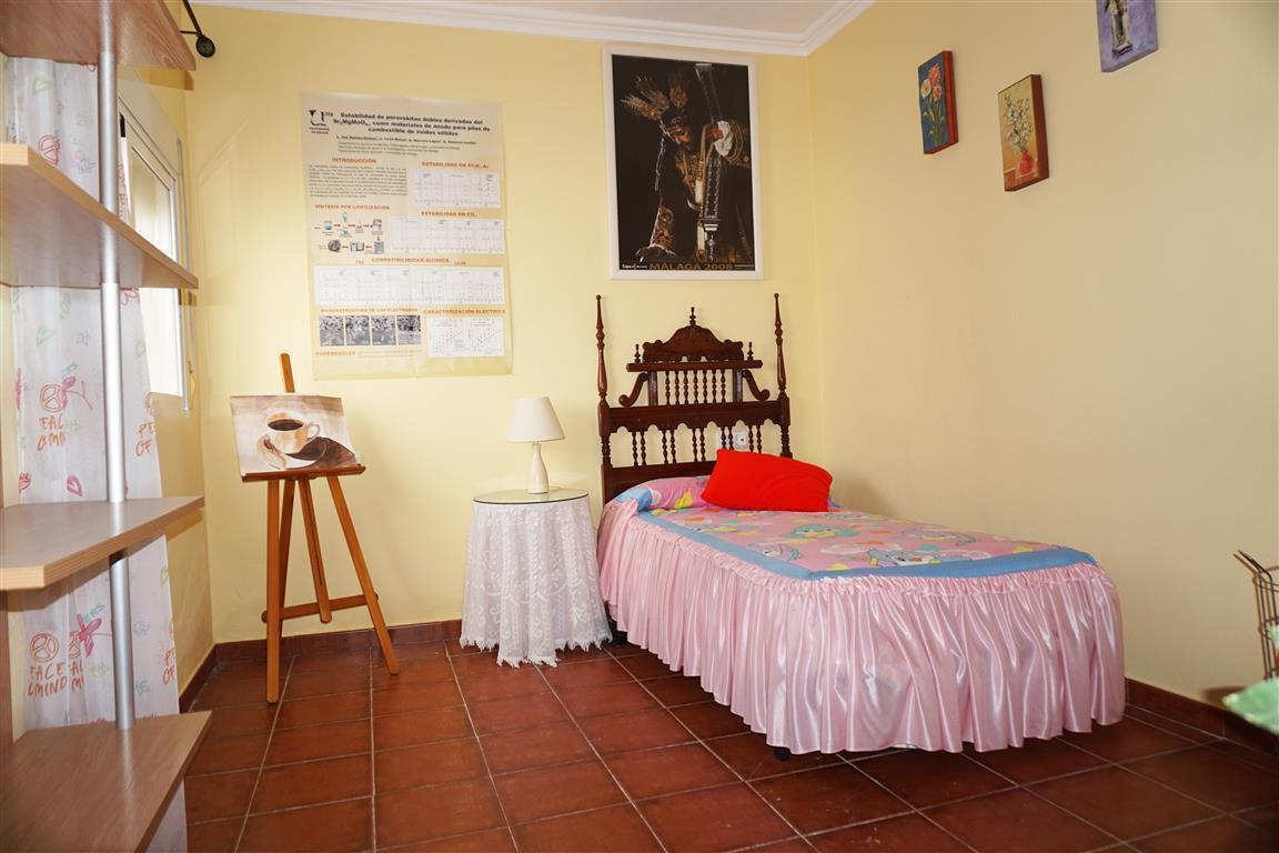 House in Alhaurín el Grande R2820629 10