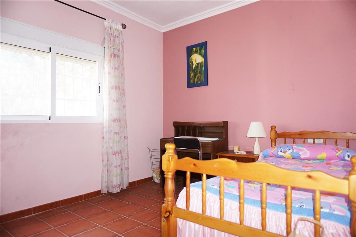 House in Alhaurín el Grande R2820629 9