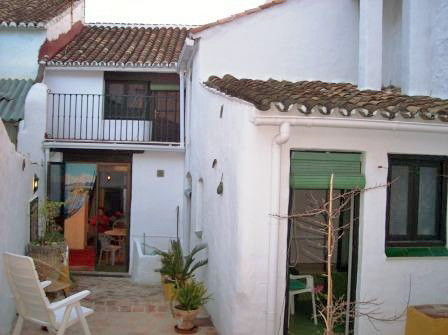 Townhouse in Alhaurín el Grande R3080359