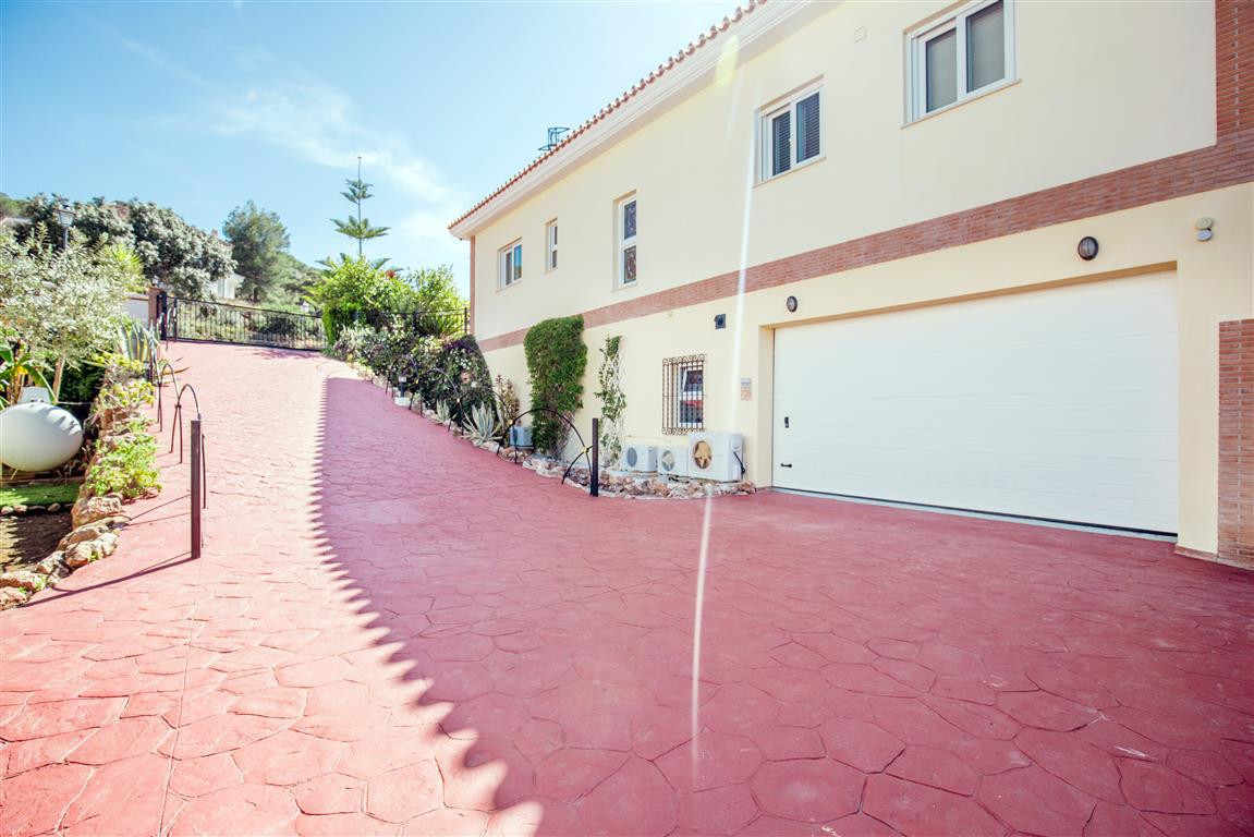 House in Alhaurín el Grande R2702594 28