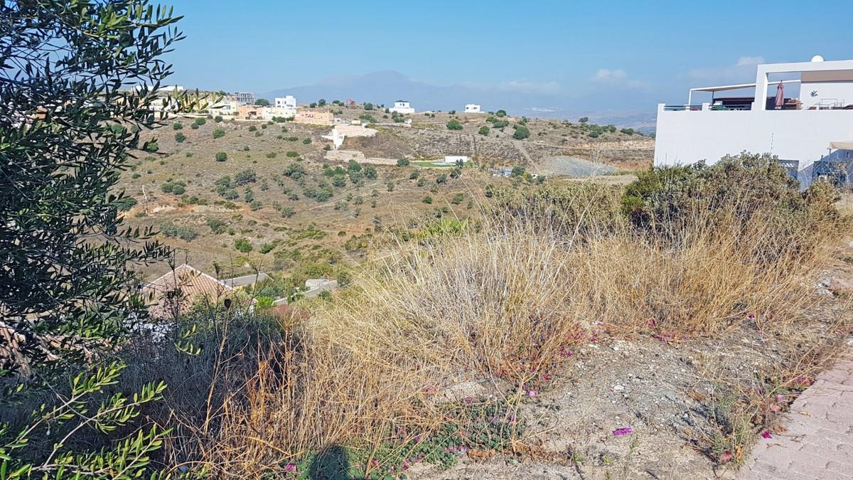 Residential Plot for sale in Coín