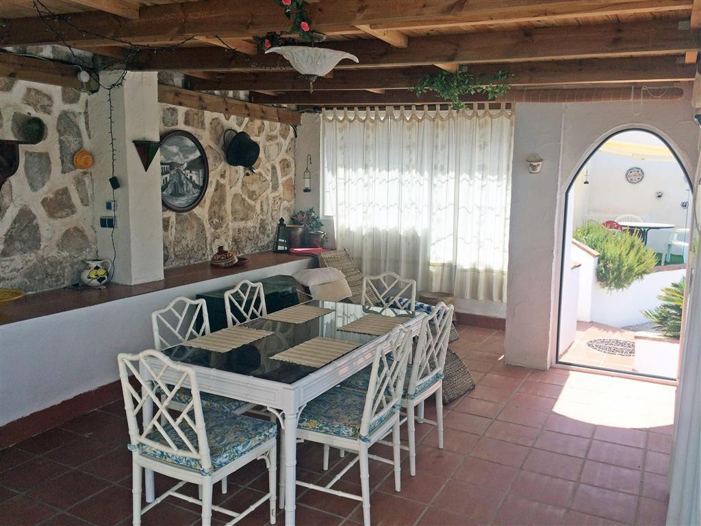 House in Alhaurín de la Torre R2134001 13