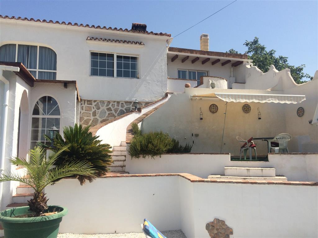 House in Alhaurín de la Torre R2134001 15