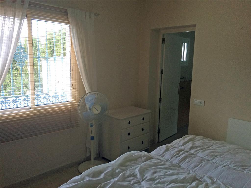 Villa con 2 Dormitorios en Venta Monda
