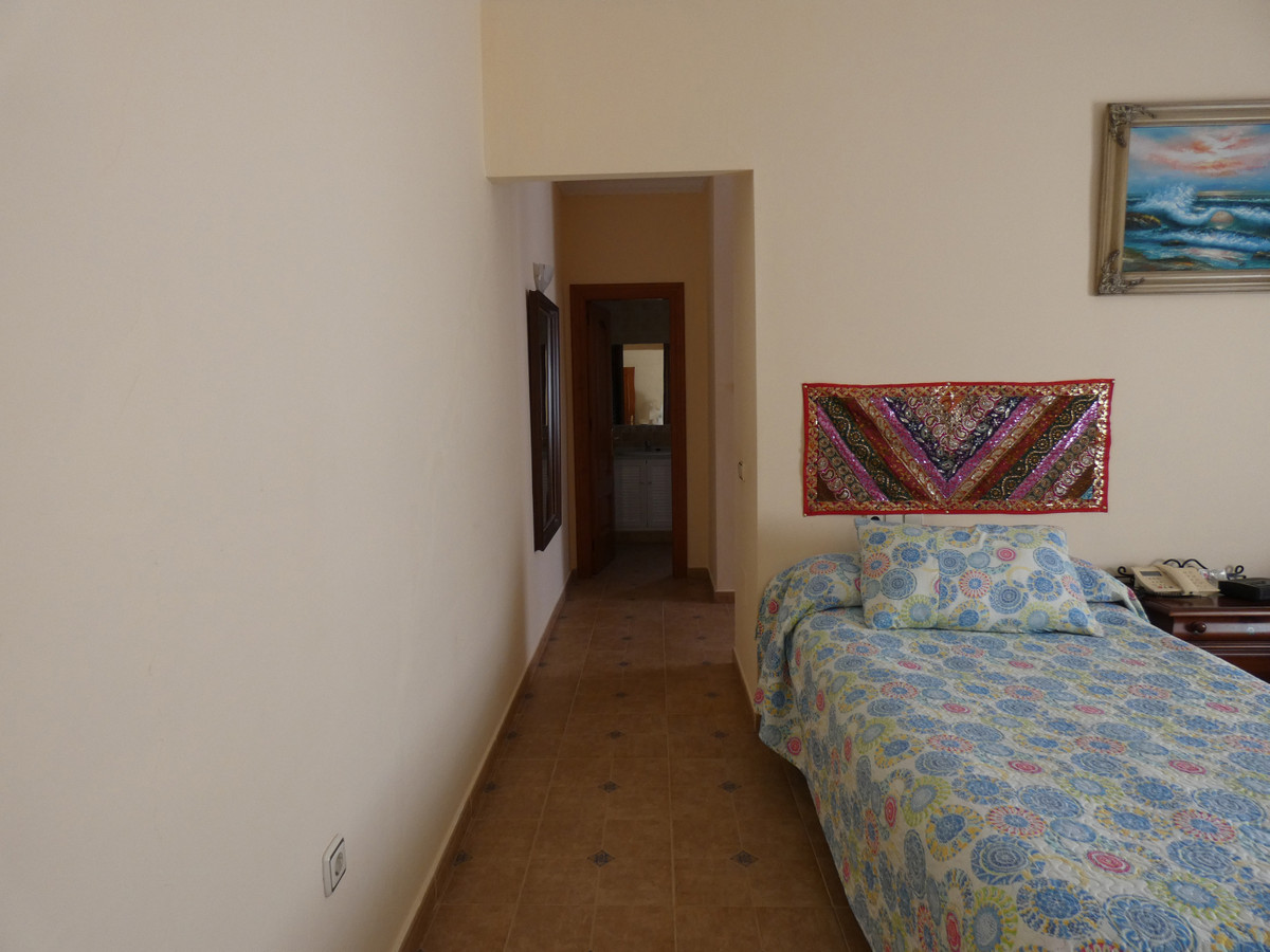 Hus in Alhaurín de la Torre R3366679 11