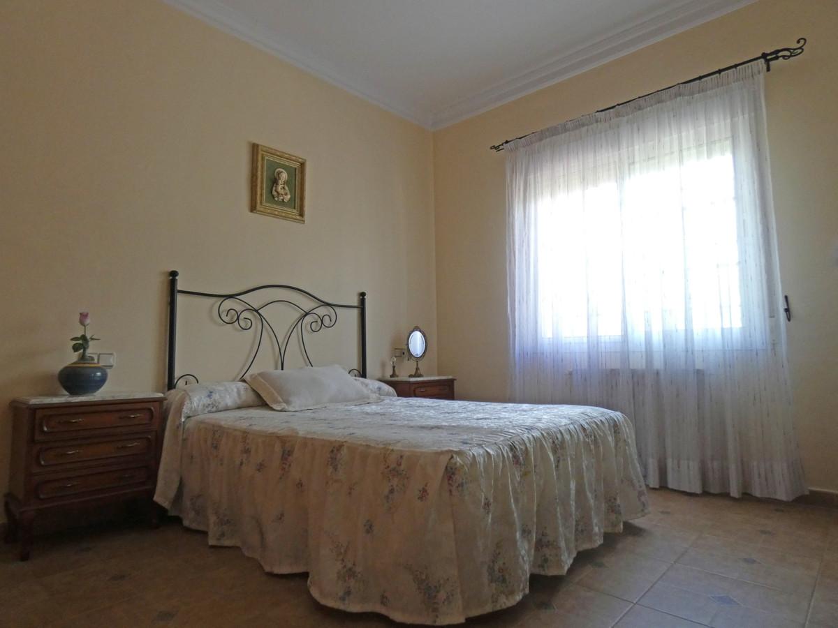 House in Alhaurín de la Torre R3366679 12