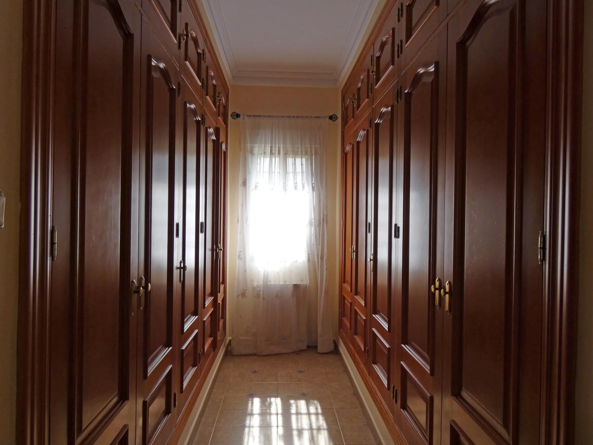 House in Alhaurín de la Torre R3366679 13