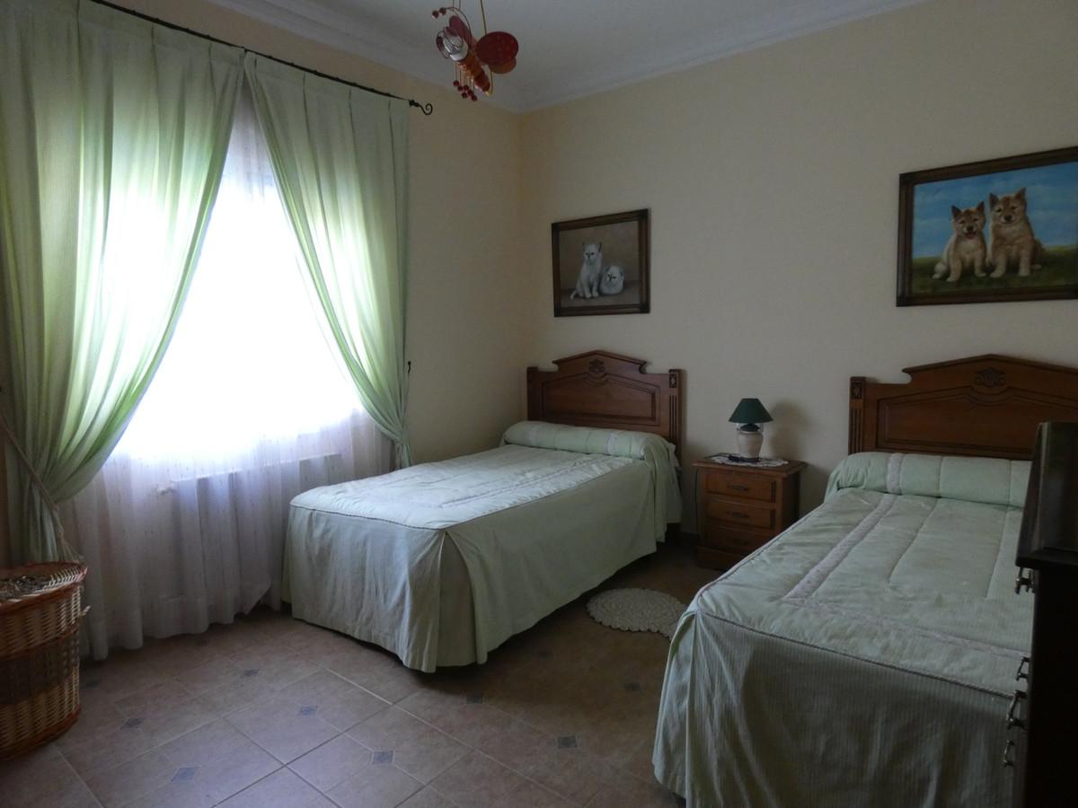 House in Alhaurín de la Torre R3366679 16