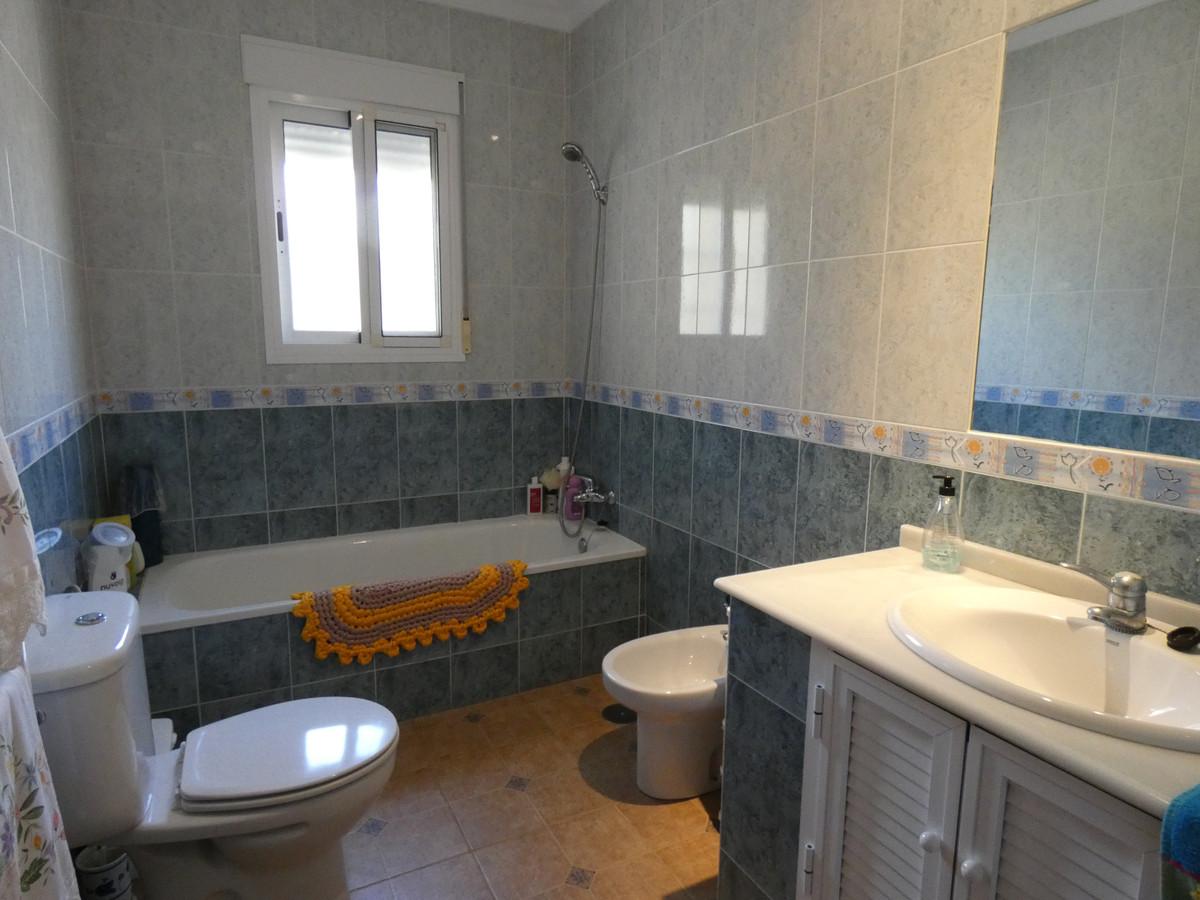 House in Alhaurín de la Torre R3366679 20
