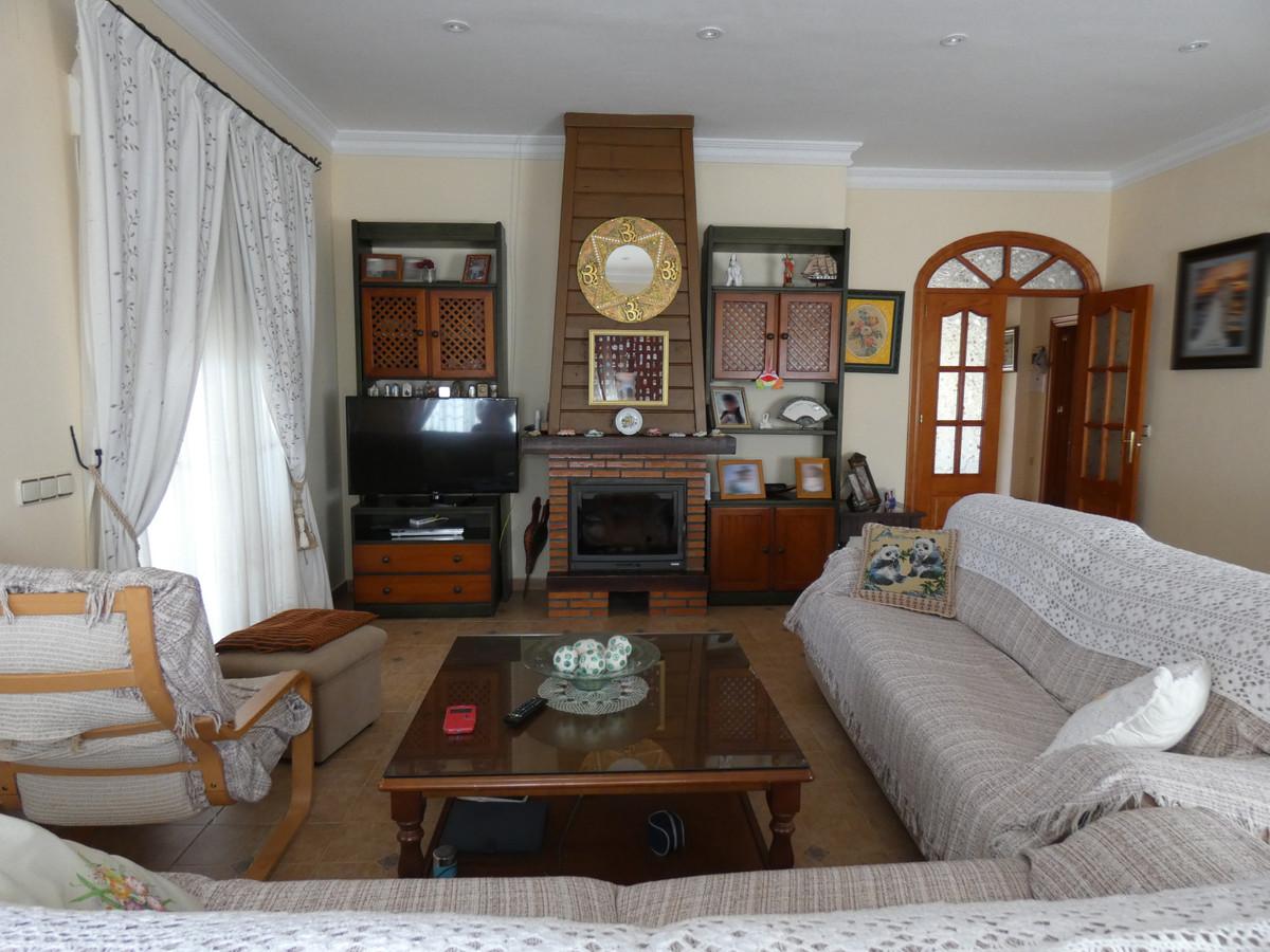 House in Alhaurín de la Torre R3366679 3