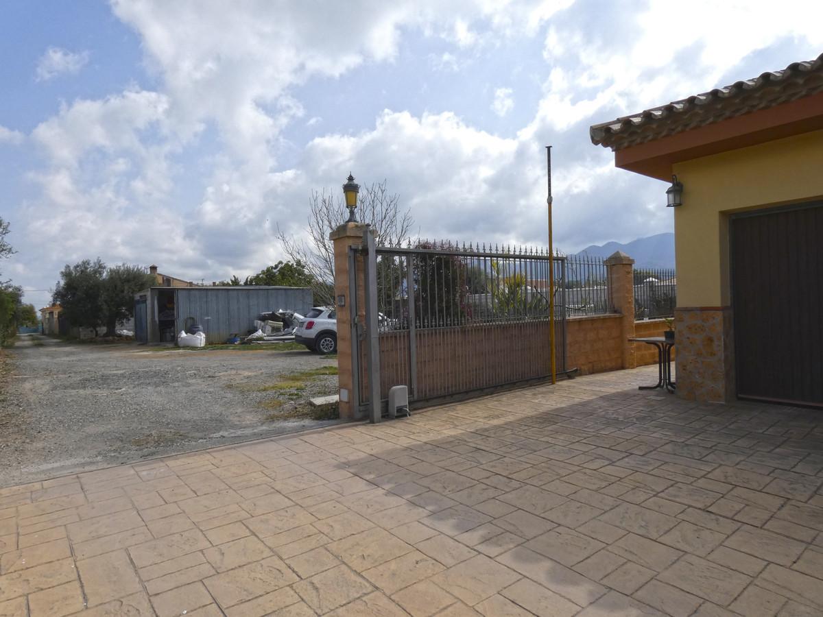 House in Alhaurín de la Torre R3366679 33