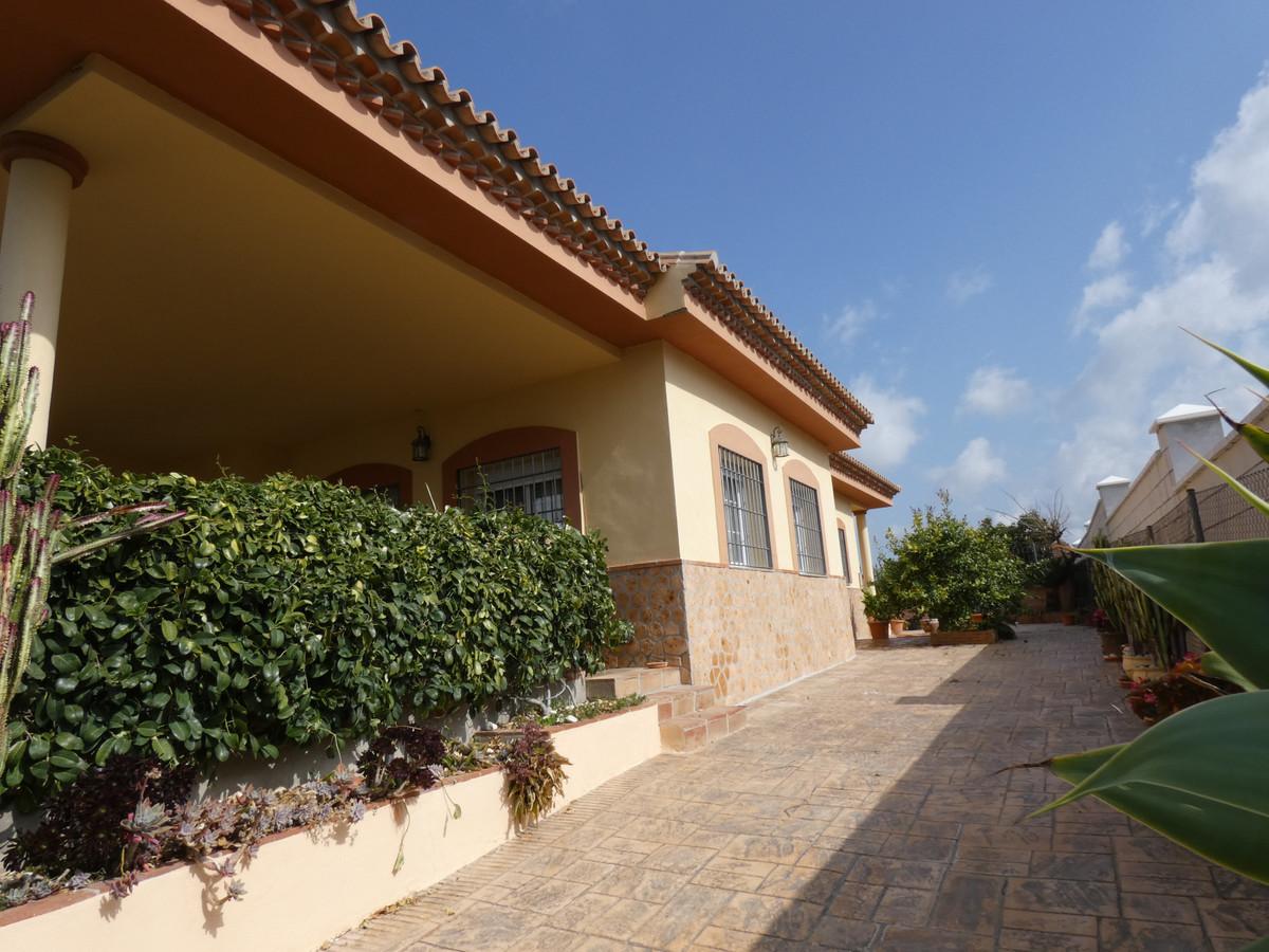 House in Alhaurín de la Torre R3366679 37