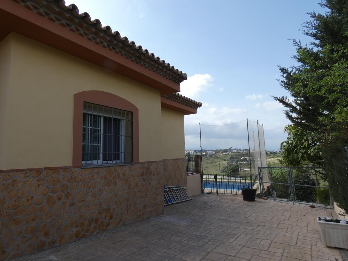 House in Alhaurín de la Torre R3366679 38