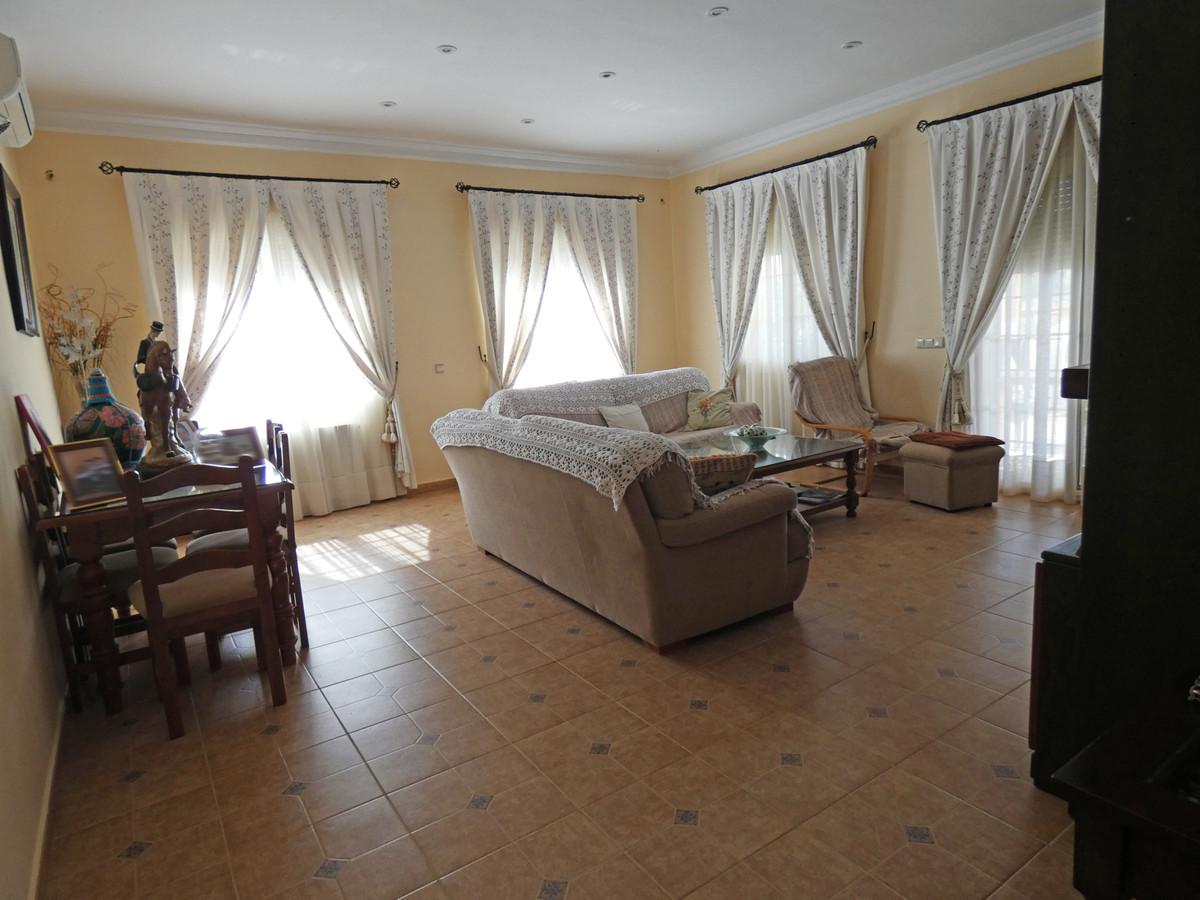 House in Alhaurín de la Torre R3366679 4