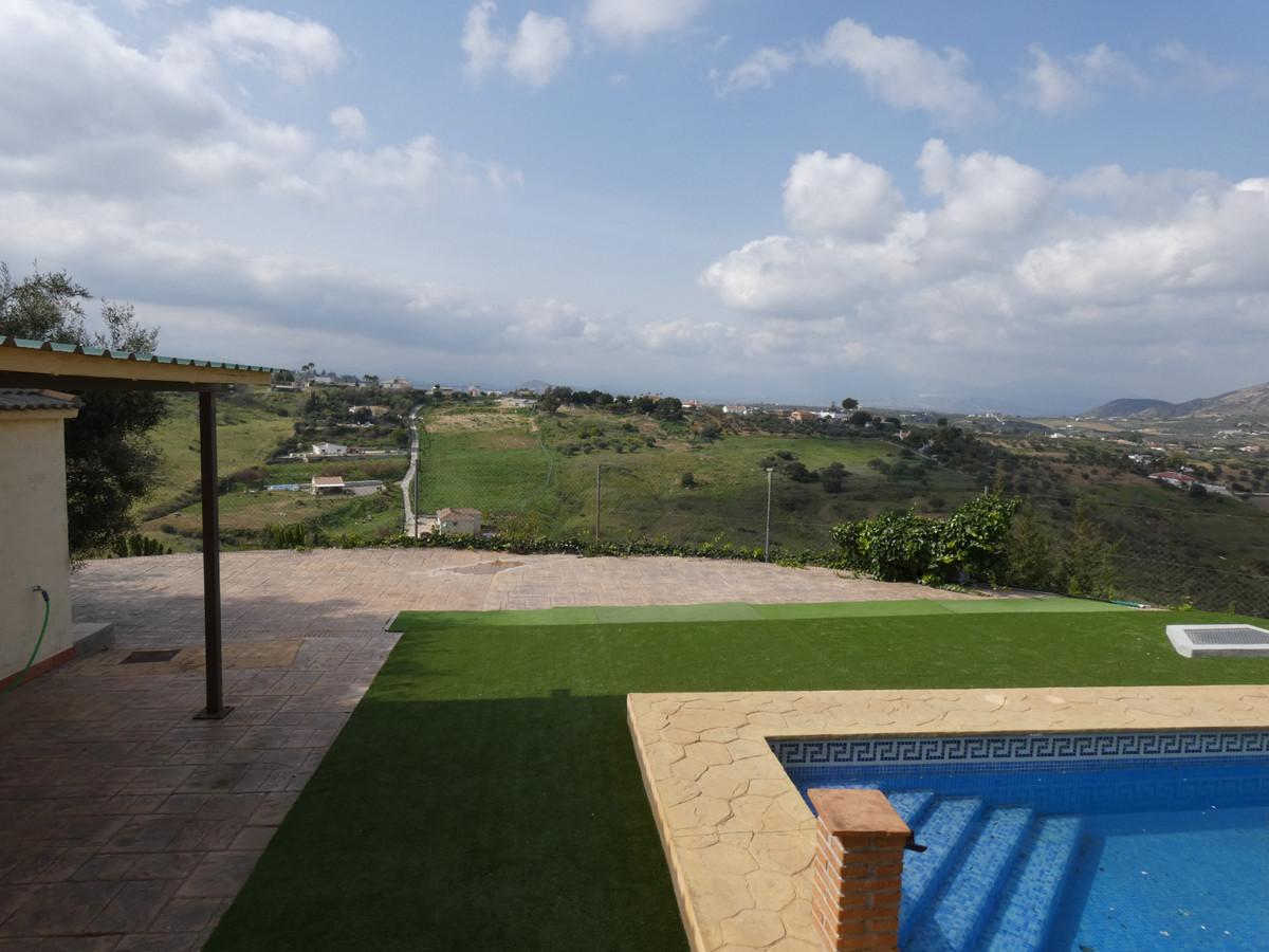 House in Alhaurín de la Torre R3366679 40