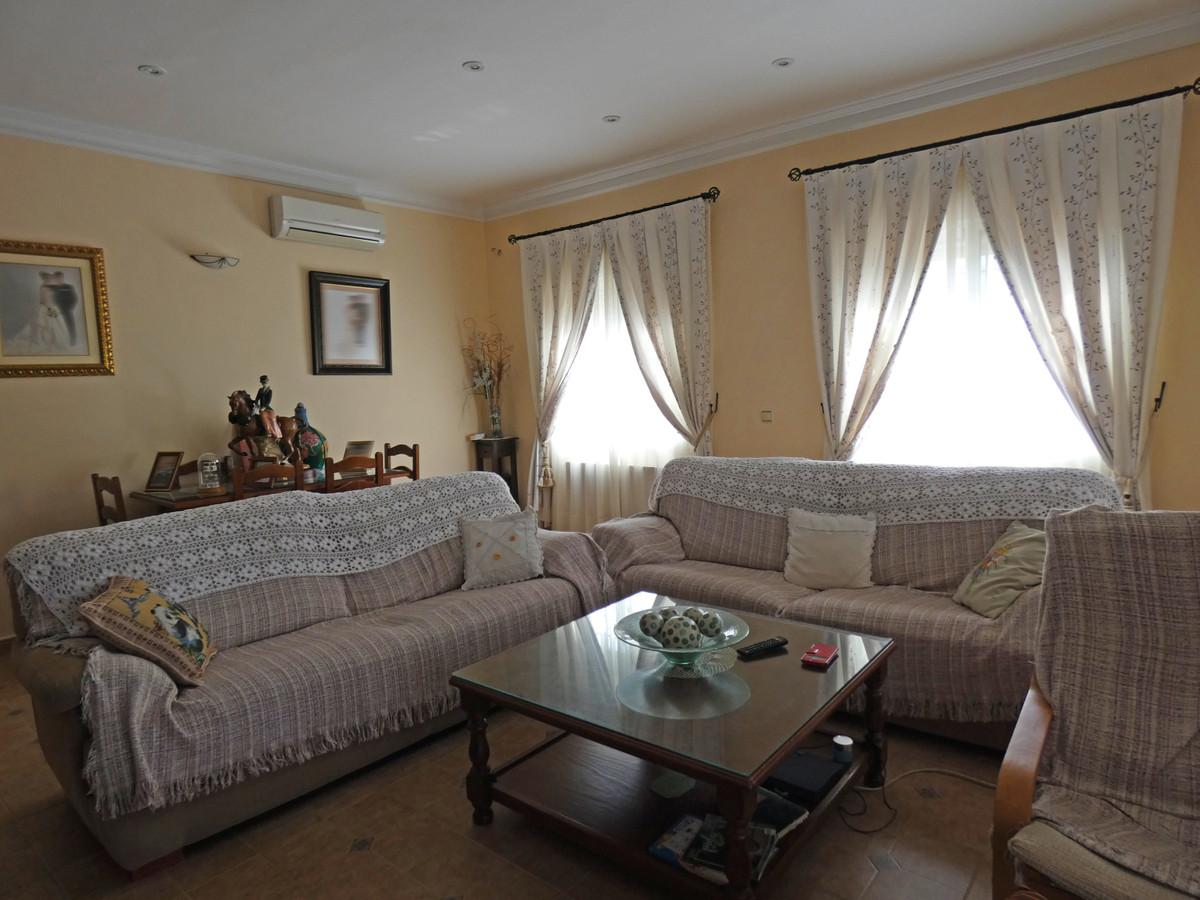 House in Alhaurín de la Torre R3366679 5