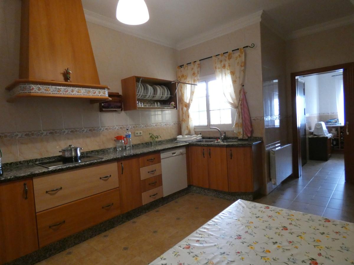House in Alhaurín de la Torre R3366679 6