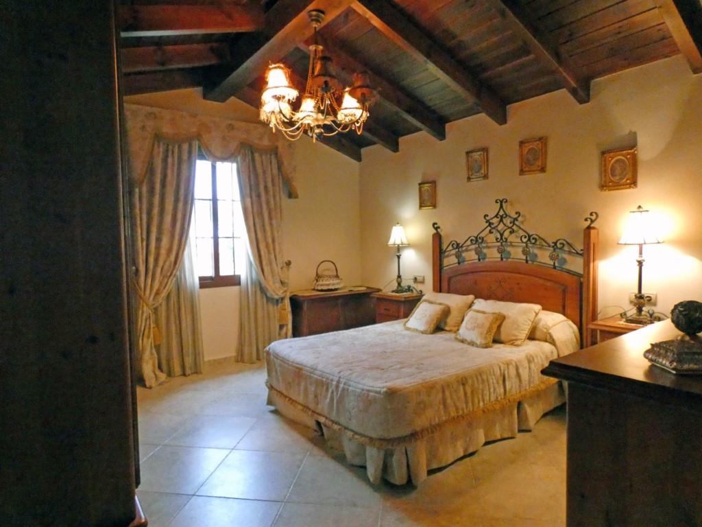 House in Alhaurín el Grande R3307699 12