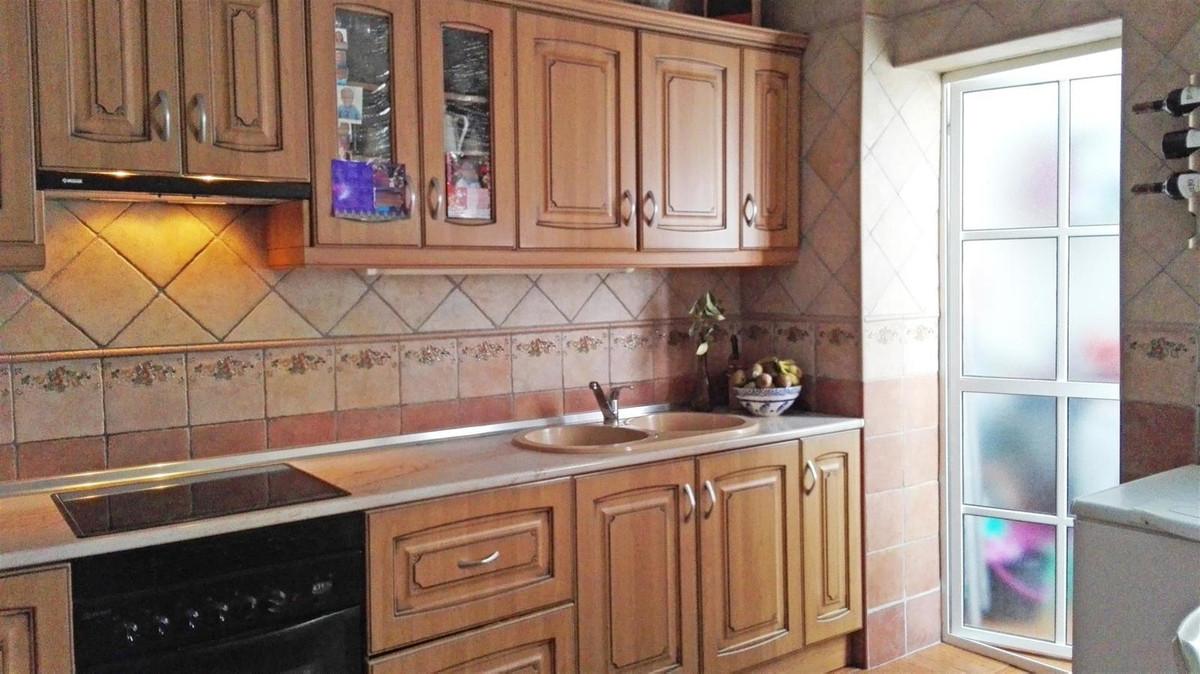 R2457206: Apartment for sale in Alhaurín el Grande