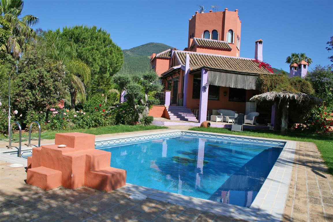 Finca - Cortijo for sale in Alhaurín el Grande R2331404