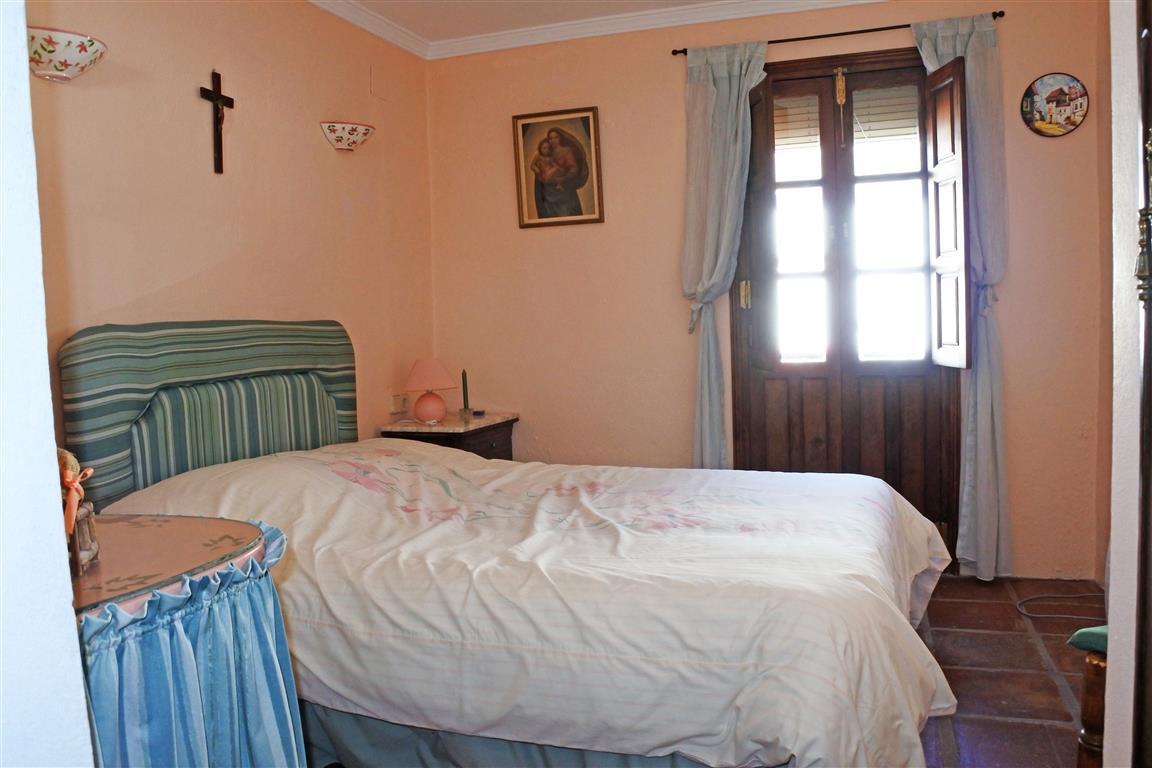 House en Guaro R65916 14