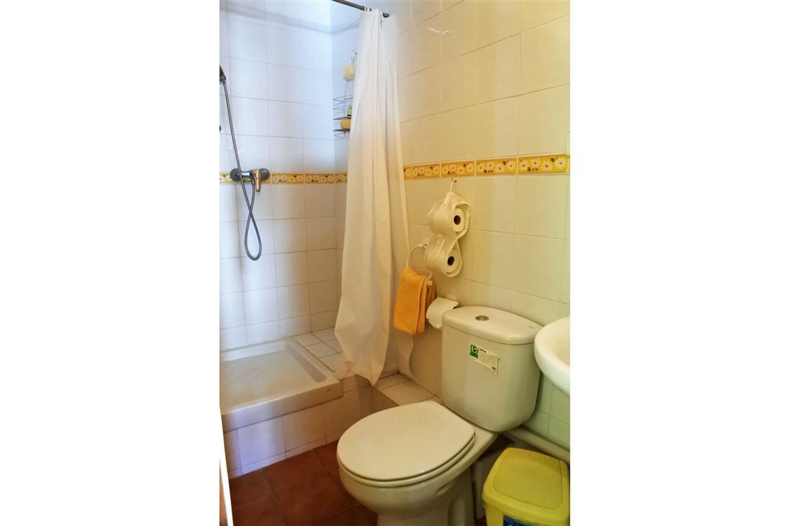 House en Guaro R65916 16