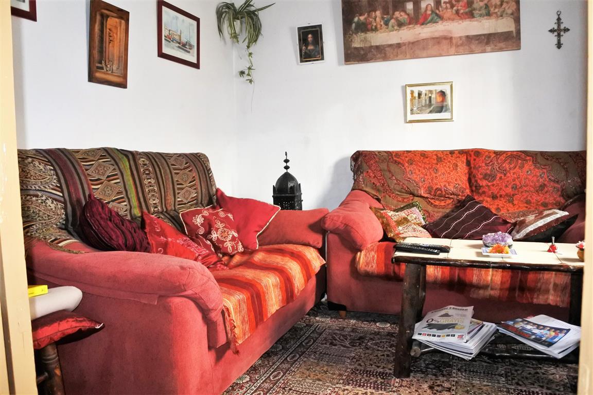 House en Guaro R65916 3